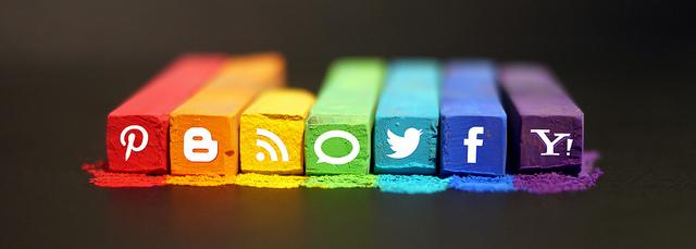 ブログでTwitterとFacebookと連携して自動投稿する方法