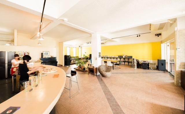 Wi-Fi設備完備の宮古島コワーキングカフェ