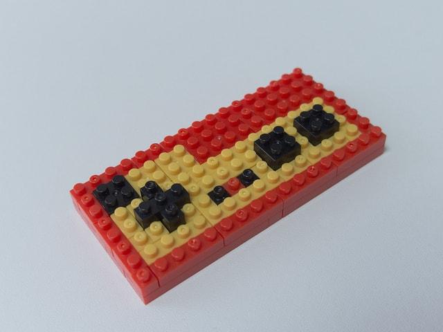 ゲームのリモコン レゴ・ブロック