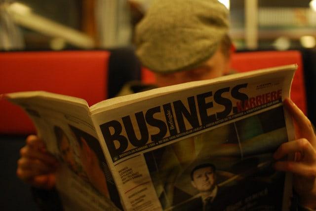 英新聞を読む人